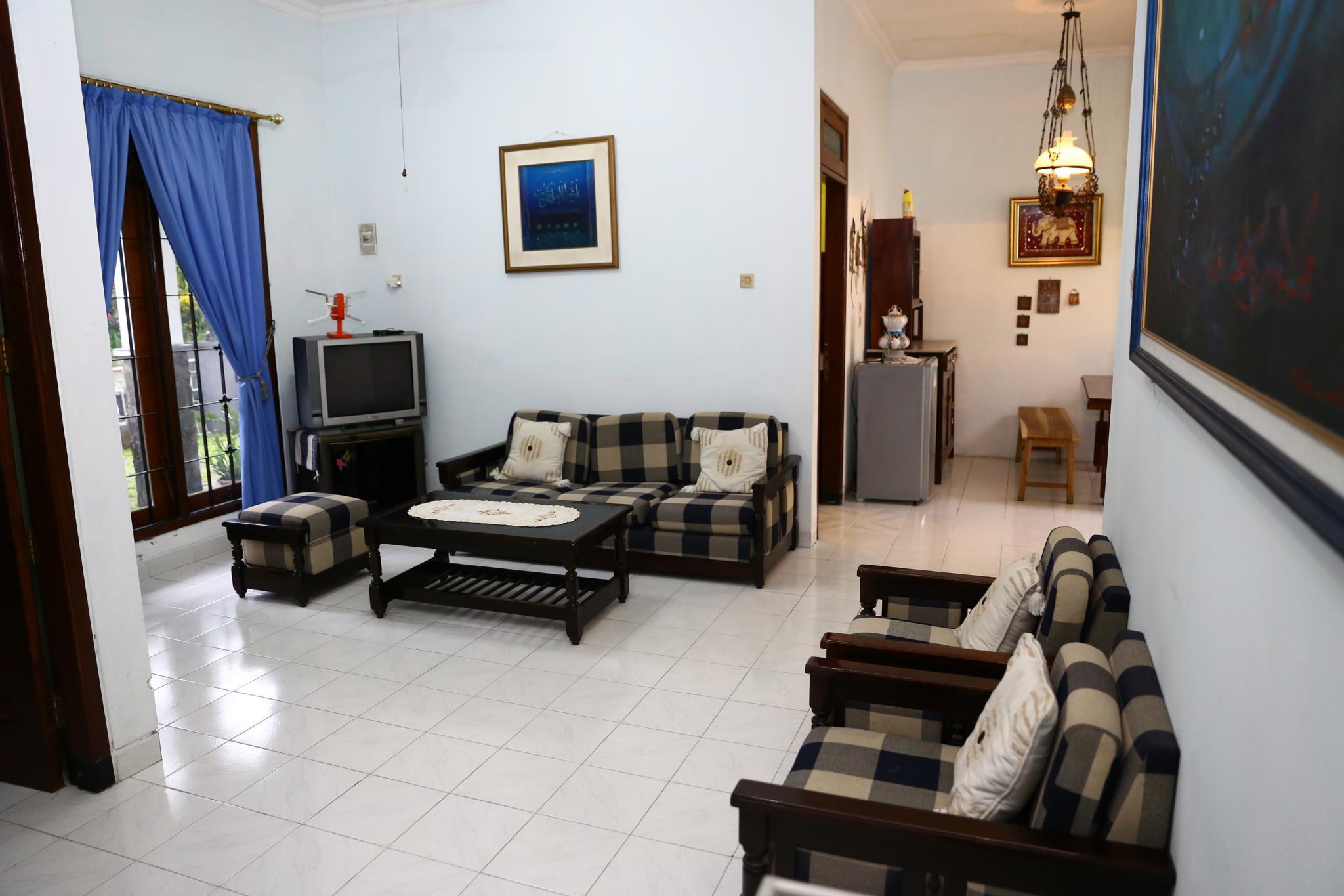 Homestay 5 kamar tidur di Perumahan Taman Cemara, Maguwoharjo
