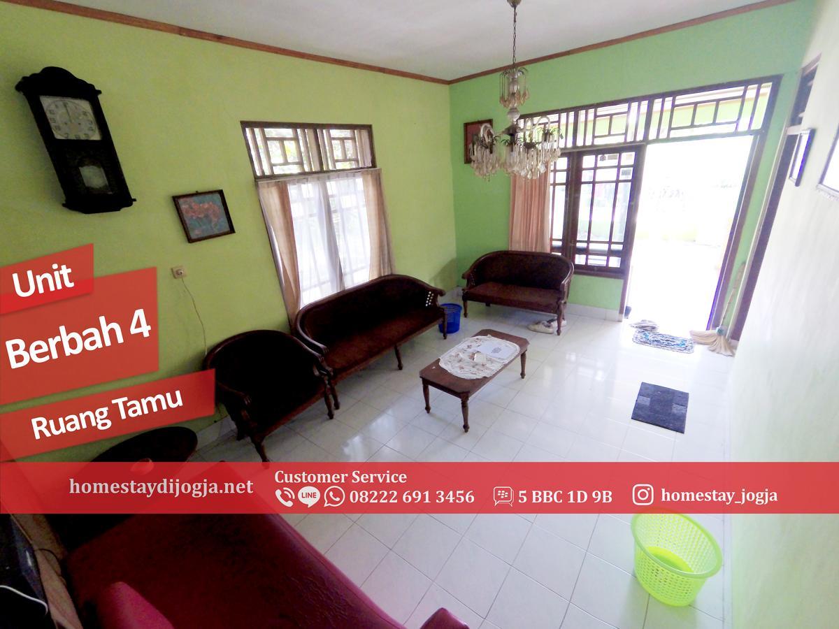 Homestay Murah 5 Kamar tidur di Berbah kapasitas hingga 25 orang